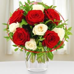 Blumenstrauß Rosenromanze