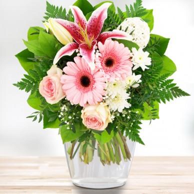 Blumenstrauß Romantikfeuer